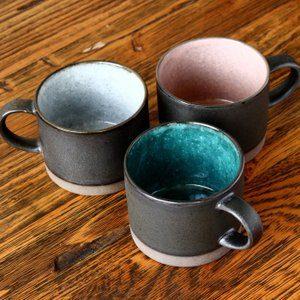 美濃焼のマグカップ